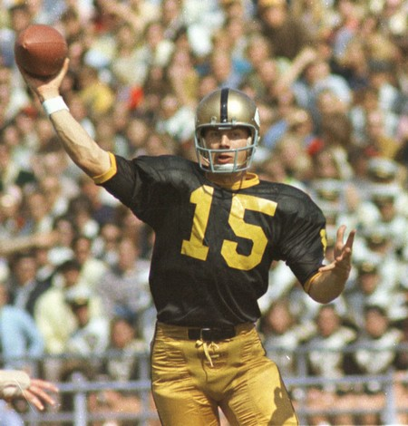 e886cf69a Speaking of the numbers, another thing I love about the new design is the  all-gold numbers on the black home jersey. Those familiar with earlier eras  of ...